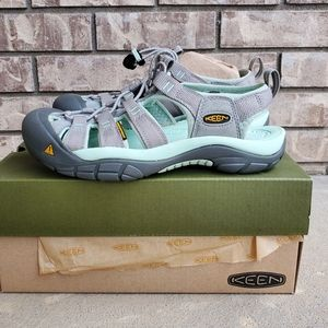 New Keen Newport H2 waterproof women's sandals